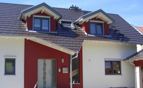 Dacheindeckung Holzbau Saur